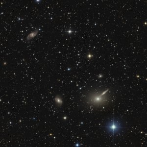 NGC5082+5090+5091  GALAXY-GROUP  CENTAURUS